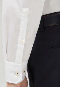 JOOP! - Formal shirt - weiß - 4