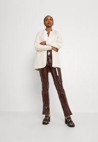 Nly by Nelly - SLIM  PANT - Trousers - brown - 1