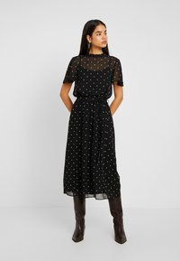 Dorothy Perkins Tall - BILLIE BLOSSOM SPOT BELTED FIT & FLARE - Day dress - black - 0