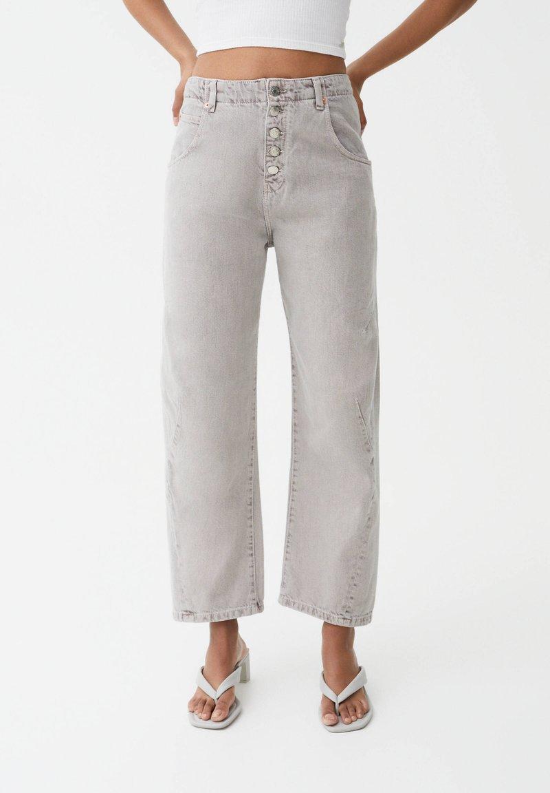 PULL&BEAR - Straight leg jeans - grey