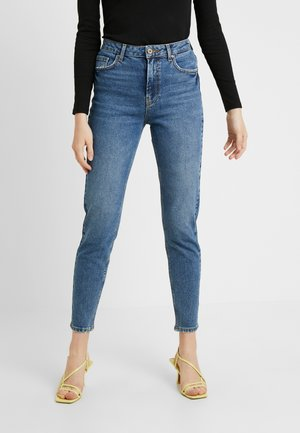 PCLEAH MOM - Relaxed fit -farkut - medium blue denim
