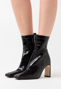 MIISTA - MARCELLE - High heeled ankle boots - black - 0