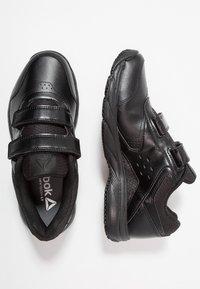 Reebok - WORK N CUSHION 3.0 - Neutral running shoes - black - 1