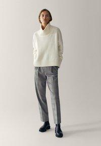 Massimo Dutti - Pantalon classique - blue - 0