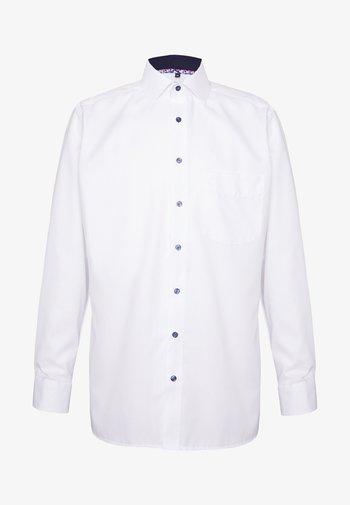 LUXOR MODERN FIT GLOBAL KENT - Shirt - weiss