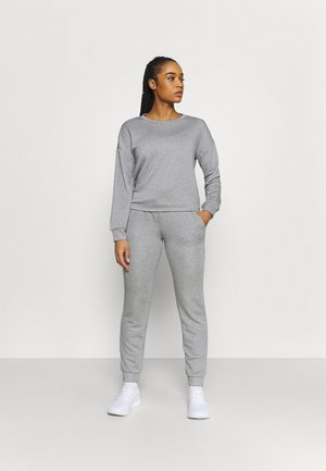 SET - Tracksuit - light grey