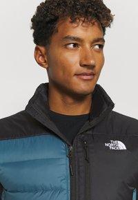 The North Face - ACONCAGUA VEST - Waistcoat - black mallard/blue - 4