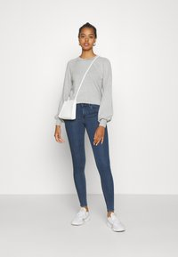 ONLY - ONLRAIN LIFE - Jeans Skinny Fit - dark blue denim - 1