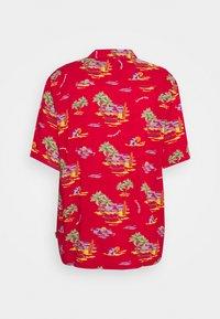 Carhartt WIP - BEACH - Shirt - etna red - 8