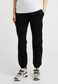 New Look Maternity - UTILITY POCKET TROUSER - Tracksuit bottoms - black - 0