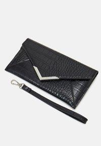 ALDO - ELIZABETA - Wallet - jet black/silver-coloured - 4