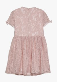 Bardot Junior - MILLY DRESS - Koktejlové šaty / šaty na párty - blush - 1