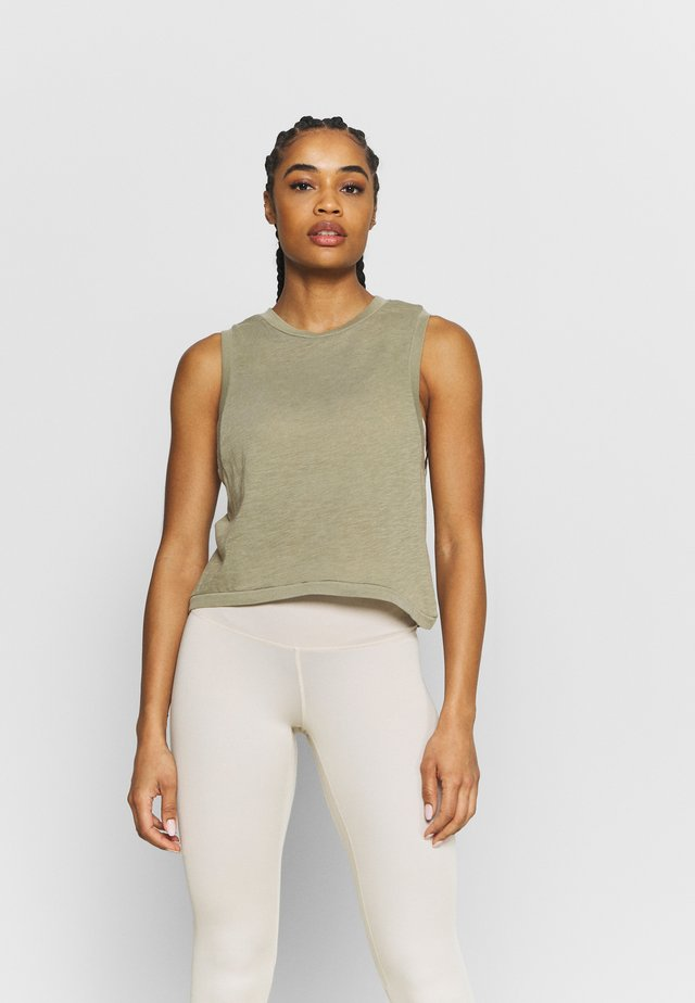 ALL THINGS FABULOUS CROPPED MUSCLE TANK - Top - oregano washed