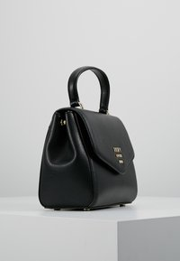 DKNY - WHITNEY SATCHEL - Axelremsväska - black/gold - 3
