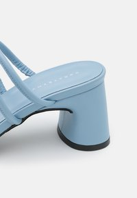 Dorateymur - ARENA ARTIK  - Heeled mules - blue - 6