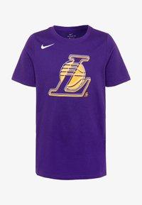 Nike Performance - NBA LA LAKERS LOGO TEE - Triko spotiskem - court purple - 0