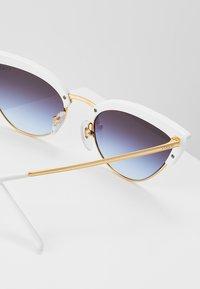 VOGUE Eyewear - Sunglasses - white/gold-coloured - 2
