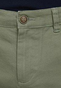 Jack & Jones - 2 PACK - Shorts - dusty olive - 6