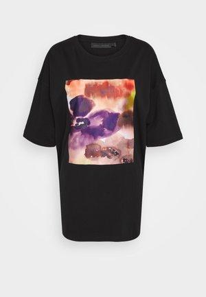 CHAMP TEE - Print T-shirt - meteorite