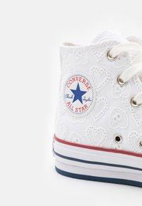 Converse - CHUCK TAYLOR ALL STAR EVA LIFT - Baskets montantes - white/garnet/midnight navy - 5