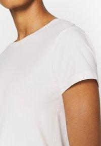 Soft Rebels - SRELLE - Basic T-shirt - snow white - 5