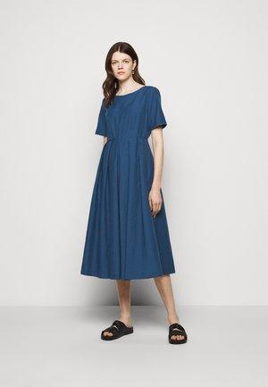 EDERE - Robe d'été - chinablau