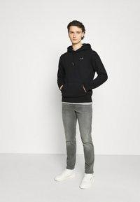 Hollister Co. - CORE ICON - Sweatshirt - black - 1
