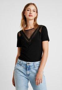 Morgan - DREAM - Print T-shirt - noir - 0