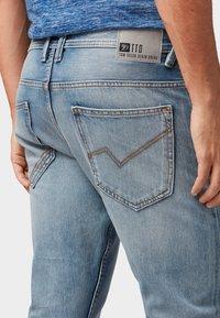 TOM TAILOR DENIM - CONROY TAPERED  - Jeans Tapered Fit - light stone blue denim - 5