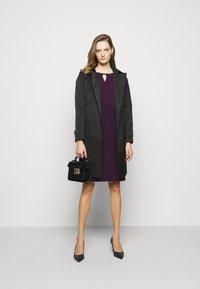 Lauren Ralph Lauren - MID WEIGHT DRESS TRIM - Shift dress - raisin - 1