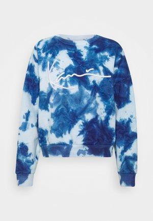 SIGNATURE TIE DYE CREW - Sweatshirt - blue