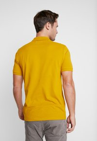 Pier One - Polo shirt - mustard - 2