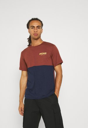 TARN FREERIDE - Print T-shirt - navy/chocolate