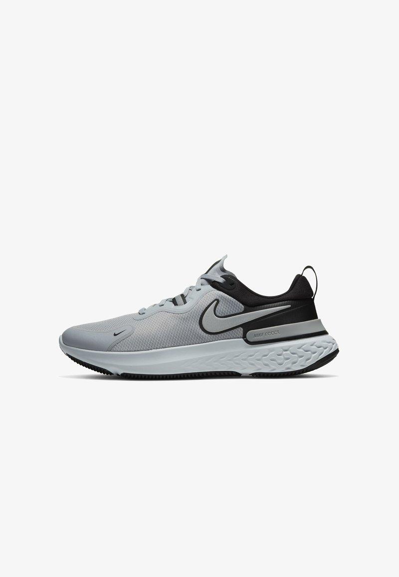 Nike Performance - REACT MILER - Neutrala löparskor - wolf grey/black/pure platinum/metallic silver