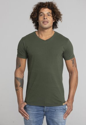 LIMITED TO 360 PIECES - Basic T-shirt - military green