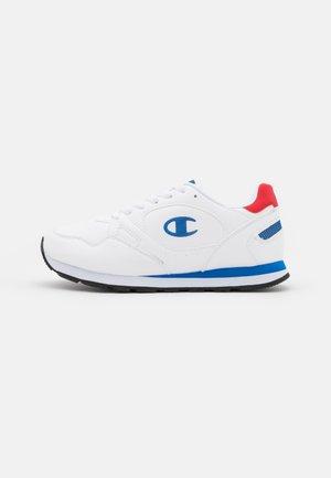 CUT SHOE - Sports shoes - white/royal blue/red