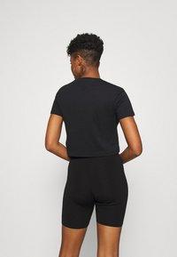Reebok Classic - BIG LOGO TEE - T-shirt imprimé - black - 2