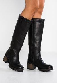 Bullboxer - Vysoká obuv - black - 0