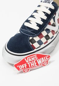 Vans - SPORT - Trainers - dress blues/chili pepper - 5