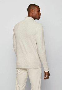 BOSS - TROLLFLASH - Long sleeved top - natural - 2