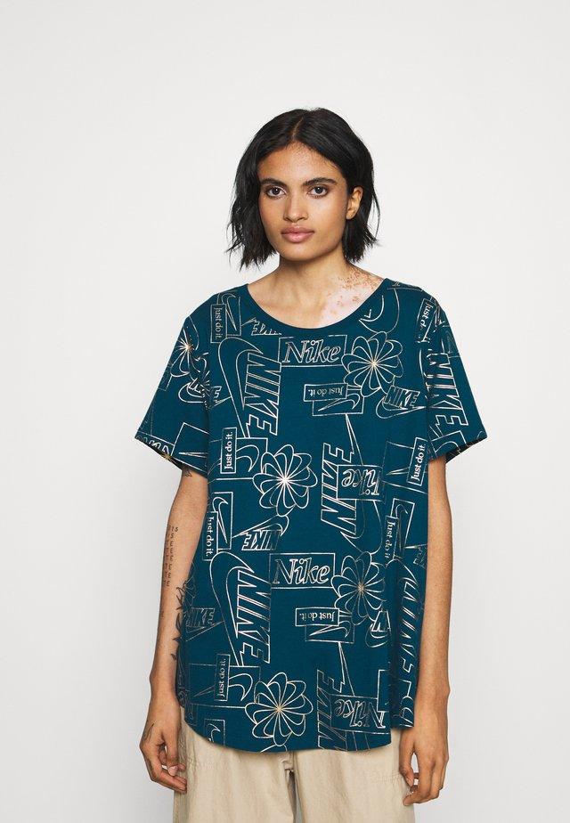 ICON CLASH PLUS - Camiseta estampada - valerian blue