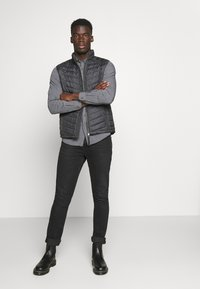 TOM TAILOR - Waistcoat - grey melange design - 1