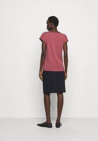 WEEKEND MaxMara - MULTID - Basic T-shirt - dunkelmauve - 2