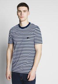 Calvin Klein - STRIPE CHEST LOGO  - Print T-shirt - blue - 0