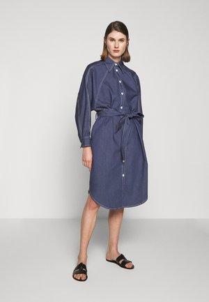 ALINA DRESS - Vestito di jeans - mid blue