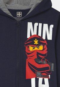 LEGO Wear - HODDIE ZIP - Bluza rozpinana - dark navy - 2