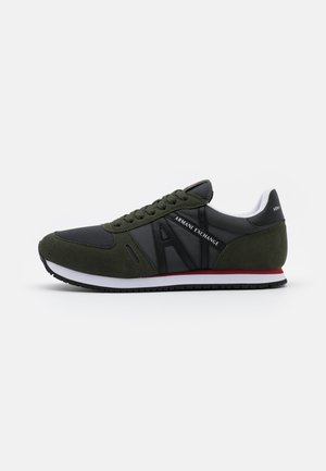 RETRO RUNNER - Trainers - olive/black