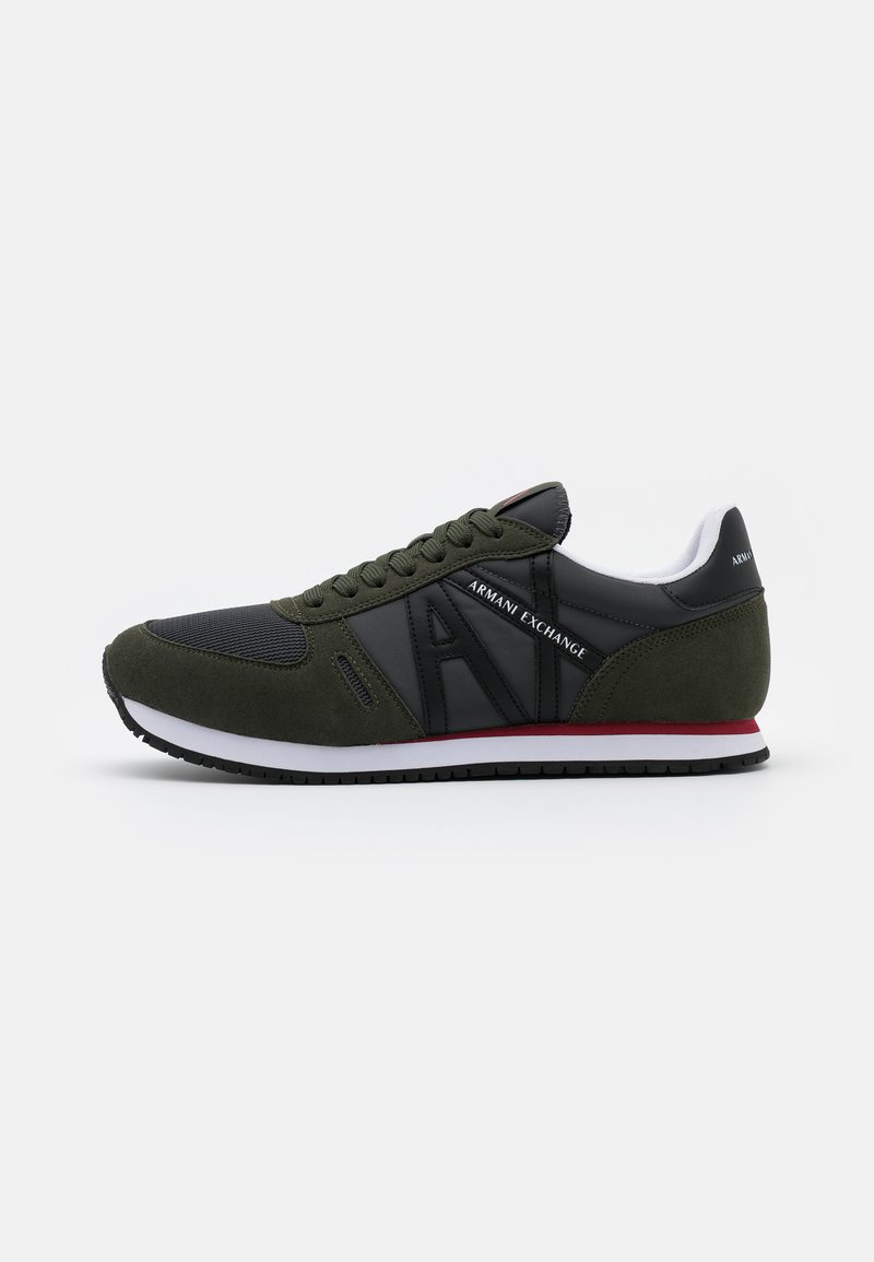 Armani Exchange - RETRO RUNNER - Sneakersy niskie - olive/black