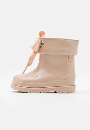 BIMBI LAZO - Stivali di gomma - beige