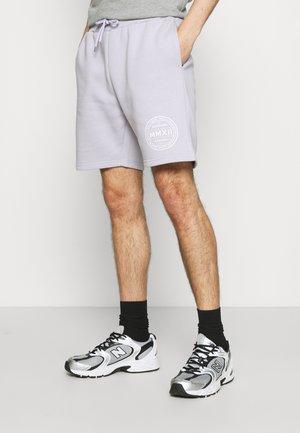 LOGO EMBLEM  - Shorts - lilac